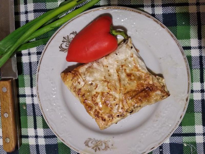 Армянская Ёка, закуска из лаваша — готовить 5 минут, а съедается за секунды