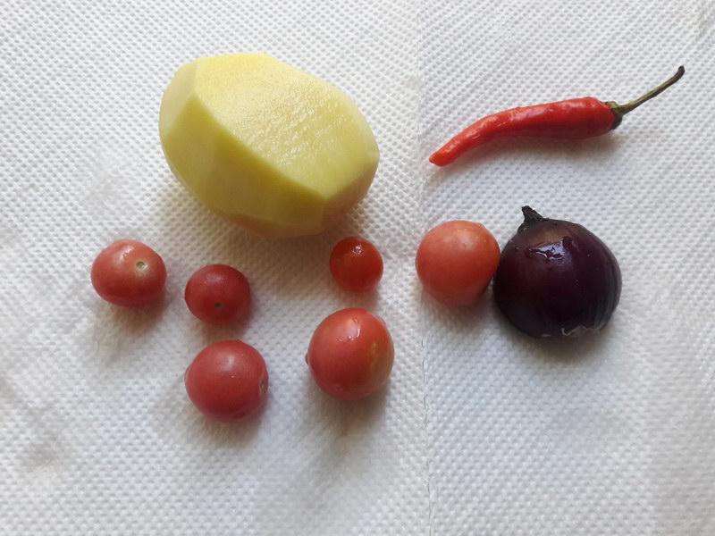 Очистить и помыть овощи