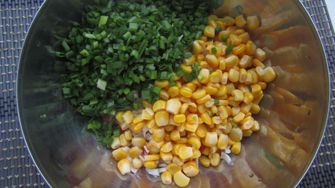 Добавить зелёный лук