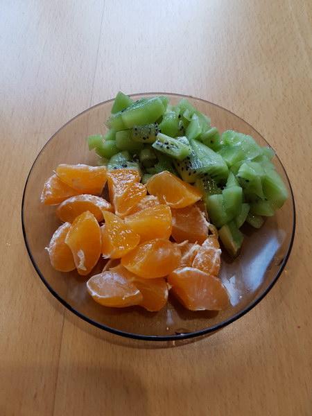 Очистить фрукты