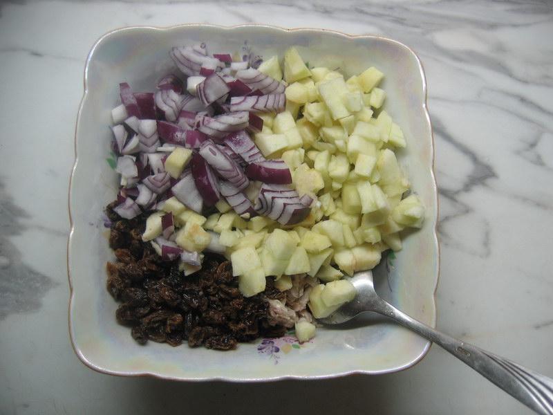 Всё поместить в салатник