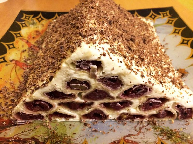 Торт «Монастырская изба» из слоёного теста