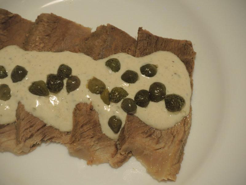 «Тунцовая говядина» — мясо и рыба в одном блюде