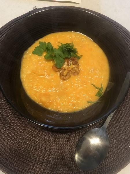 Тыквенный крем-суп с рисом и креветками