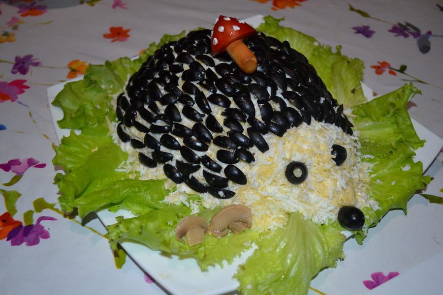 Сочный и сытный салат «Ёжик», обычно готовлю на детские праздники