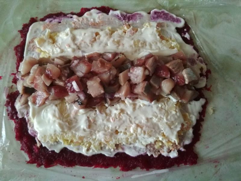 Рулет «Селёдка под шубой», когда салат надоел, но без него нет праздника