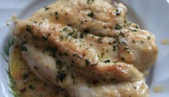 «Куриная пиката» — простой и быстрый рецепт приготовить грудку, чтобы она была мягкой и сочной