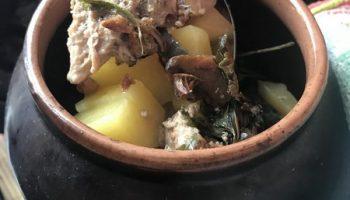 Мясо в горшочках с картофелем и грибами. Мой домашний рецепт — быстро и просто, а главное – очень вкусно