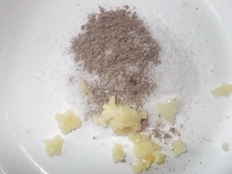 Свиные рёбрышки, запеченные в фольге в духовке