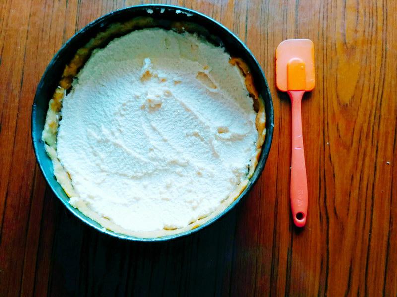 Пирог «Арктические льдины» - идеальное сочетание рассыпчатого песочного теста, творожной начинки и верхушки из безе