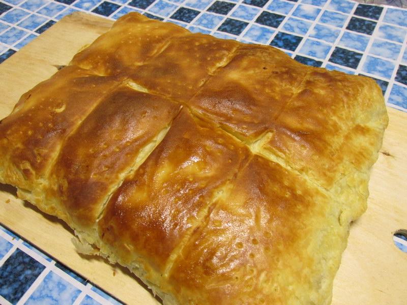 Сытный пирог с мясом и картофелем