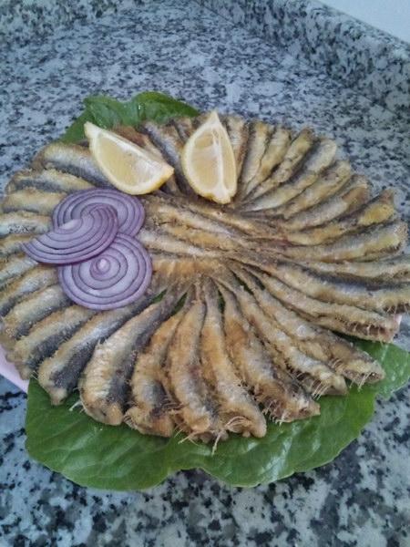Сковородка хамсы