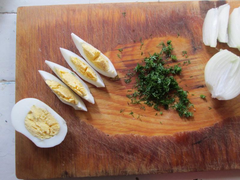 Рулетики из селёдки, несколько вариаций начинок для оригинальной закуски