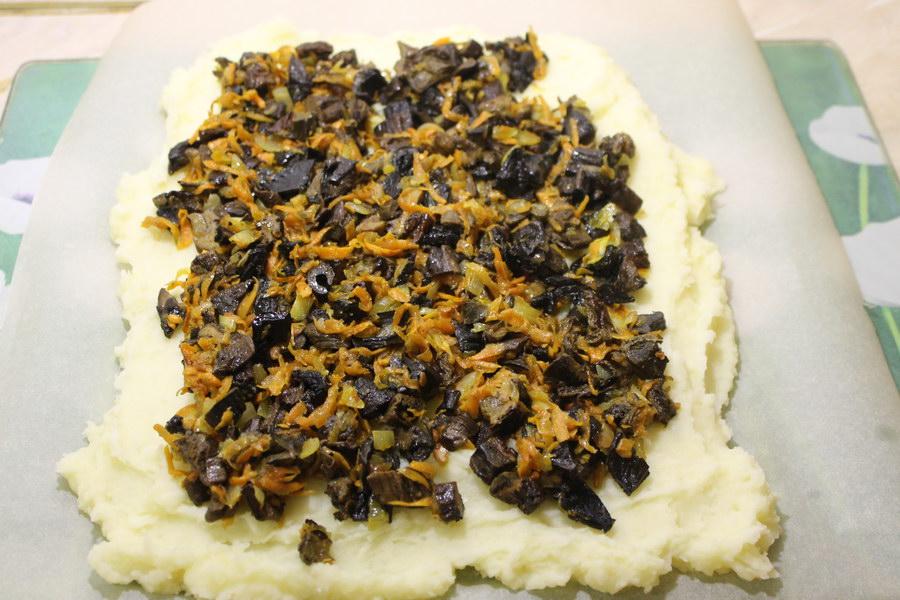 Картофельное пюре рулетом – простой способ приготовить любимый гарнир по-новому