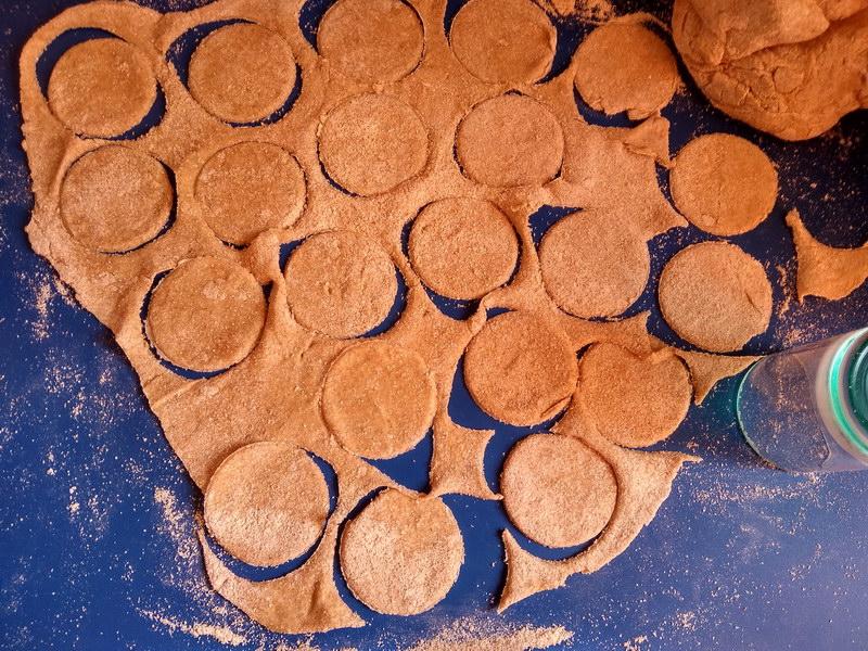 Постные пельмени с начинкой из нута и чечевицы