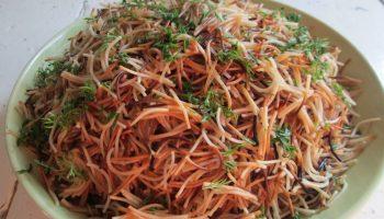 Необычный салат «Муравейник» с макаронами