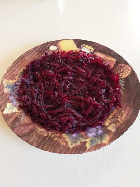 Салат «Любовница» - в нём нет пресной банальности, наоборот, возбуждает остротой вкуса
