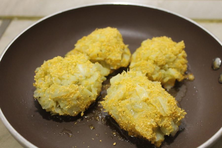 Яркие и хрустящие капустные котлетки (на молоке)