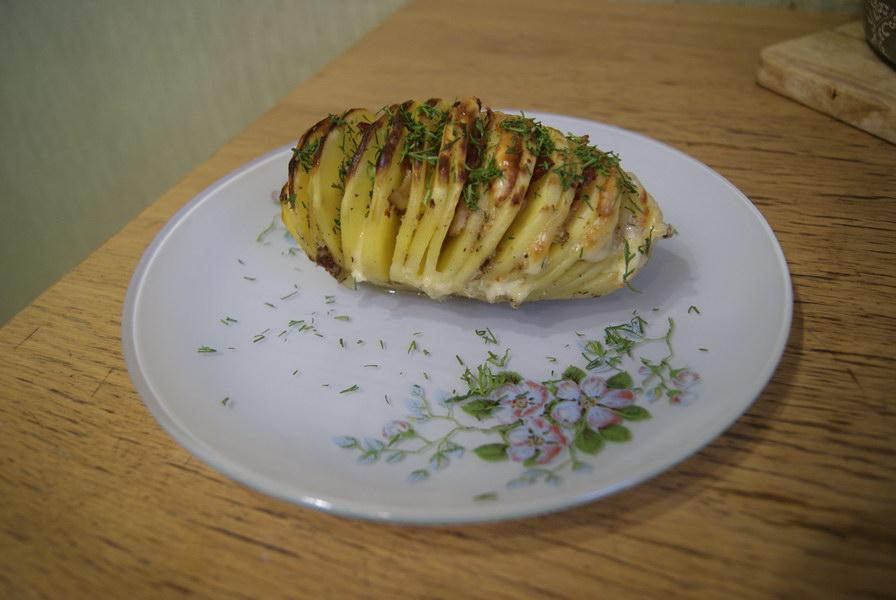 «Картошка-гармошка» - излюбленный гарнир на каждое застолье в нашей семье