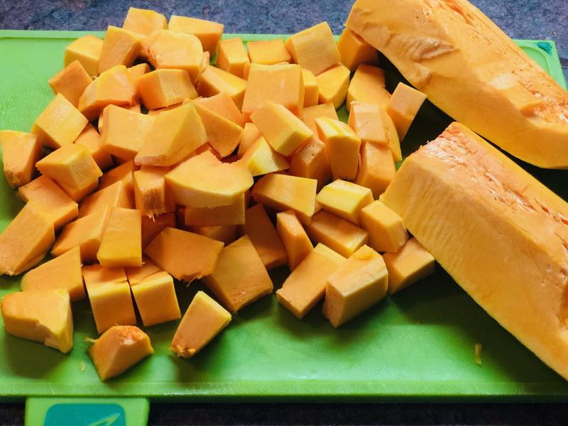 Крем-суп из тыквы, когда холодно и дождливо для меня идеальный вариант