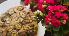 Банановый пирог — готовить элементарно, а вкус и аромат — это что-то