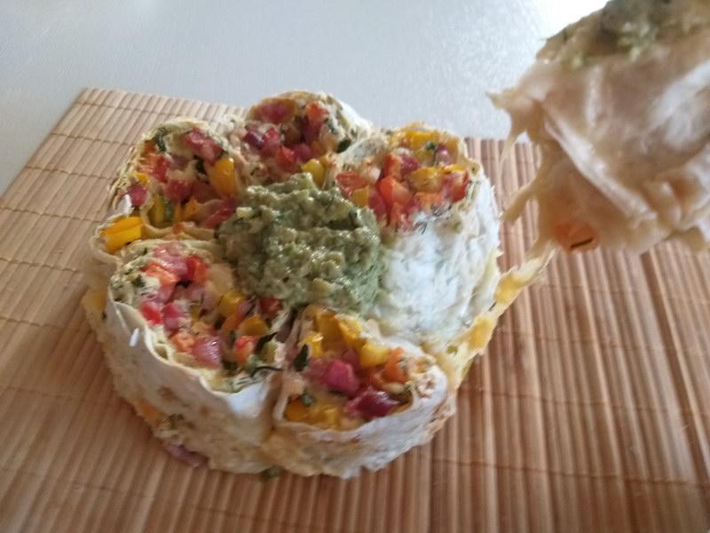 Рецепт закуски из лаваша с необычным соусом из авокадо (мексиканский Гуакамоле)
