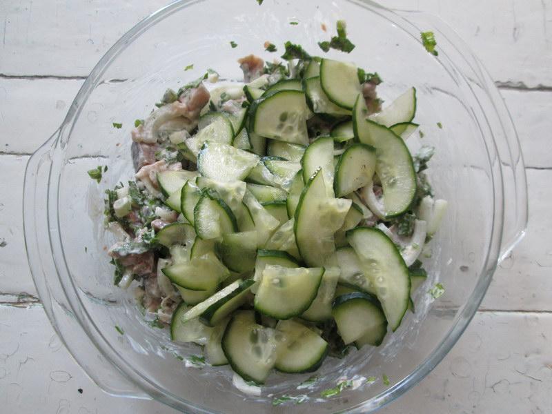 Весенний «Малосольный» салат, бесподобный и новый вкус