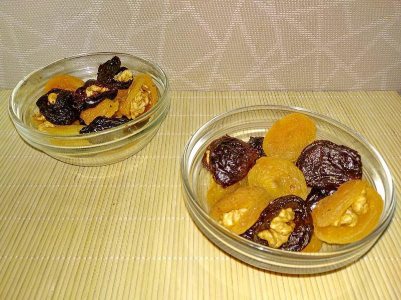 Советский десерт с курагой и черносливом - просто и вкусно