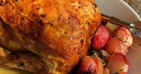 Хрустящая курица с тимьяном и редисом. На праздник и на каждый день