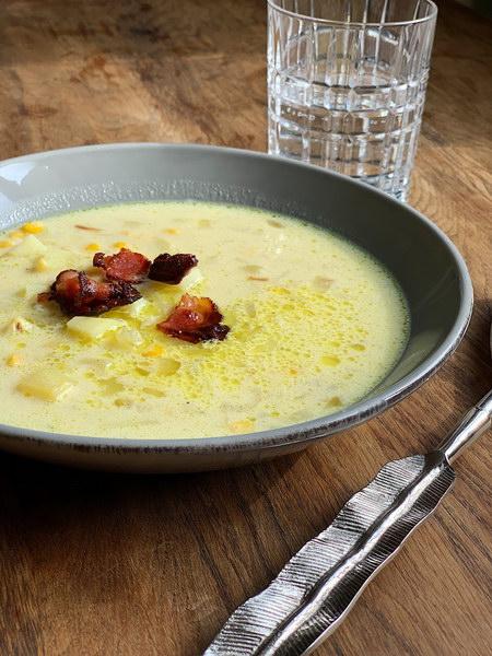Сытный суп с кукурузой и сливками