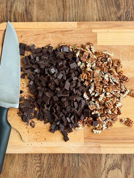 Чудеснейшие «Рассыпчатые булочки с орехами и шоколадом» - идеально для воскресного завтрака