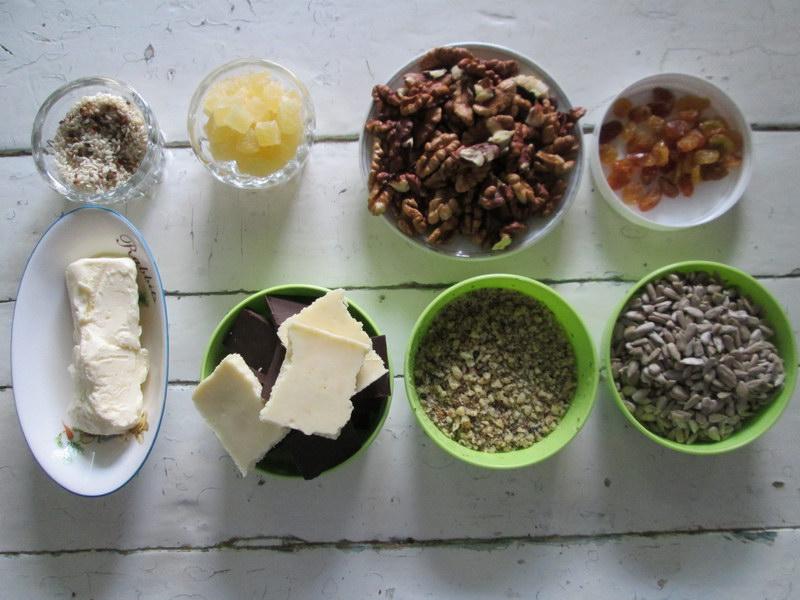 «Грильяж по-деревенски» - много орехов и шоколада, а главное дешевле, чем в магазине