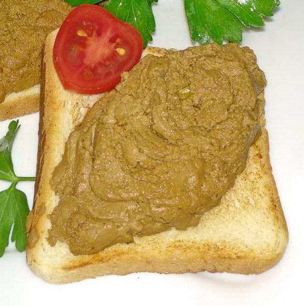 Пошаговый рецепт «Паштета в праздничной подаче» - красиво и вкусно, при этом не обветриться и не потемнеет