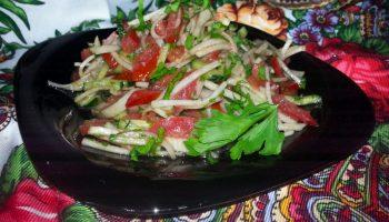 Сочный «Андалузский салат» из дайкона на каждый день