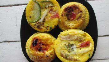 Лёгкий рецепт простой омлет на завтрак сделать особенным