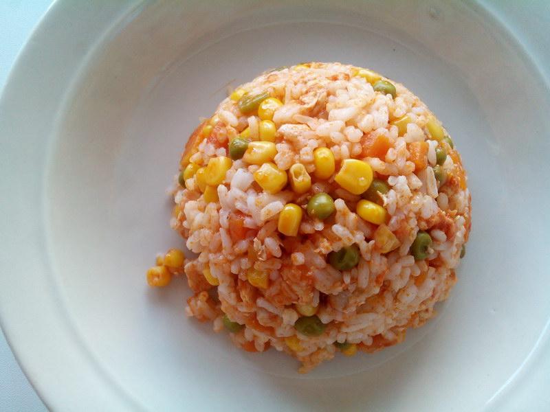 Омурайсу - нежное японское блюдо, которое любят малыши. Внуки съедают до крошки