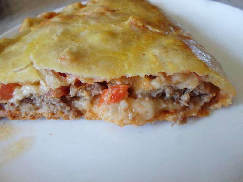 Как приготовить пиццу «Кальцоне» - всегда сочная и вкусная