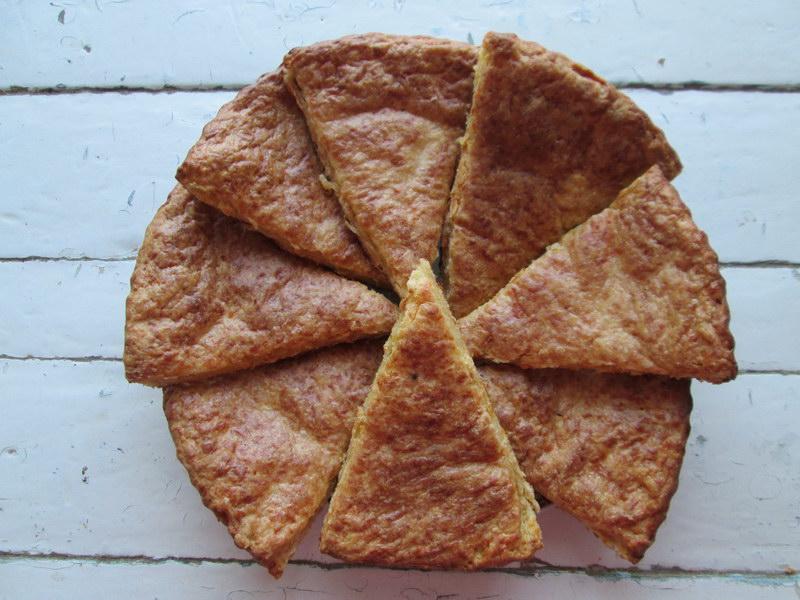 Очень удобное блюдо в дорогу «Сырные сконы» хорошо хранятся и без холодильника