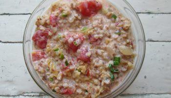 Для летнего завтрака прохладный гречневый суп
