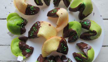 Рецепт печенья с «Предсказаниями» — десерт двойное удовольствие и вкусно и забавно