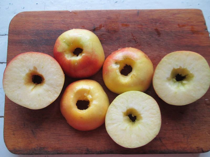 Оригинальный пирог «Яблоки под шубкой»