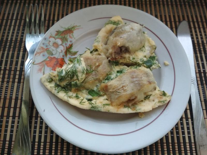 Минтай в омлете – два блюда в одном для ужина