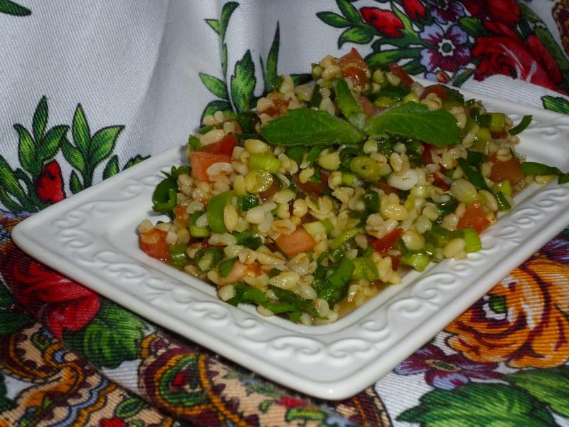 Популярный на Востоке салат «Табуле»– сочность и свежесть лета в одном блюде