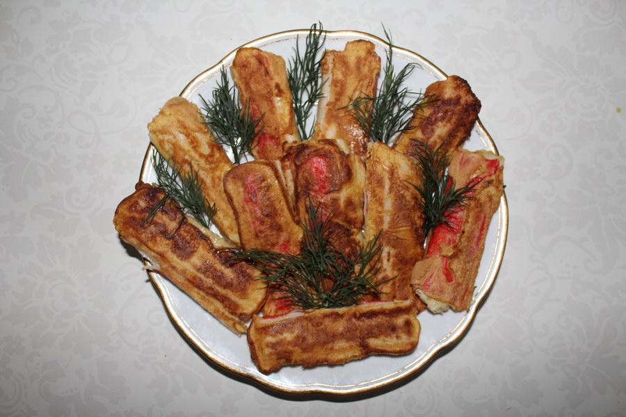 Крабовые палочки с сырной начинкой в кляре