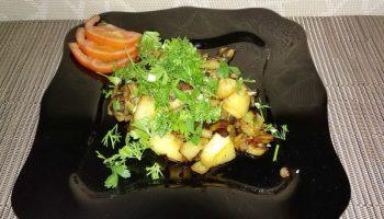 Жареный картофель с баклажанами — от маслят не отличить!