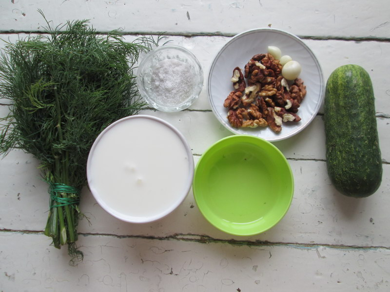 Суп для жаркого лета «Таратор» (чудо рецепт из Болгарии, сама готовлю 3-й год)