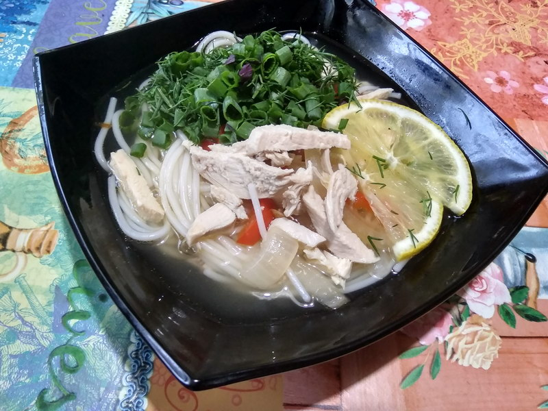 Азиатский суп-лапша с курицей