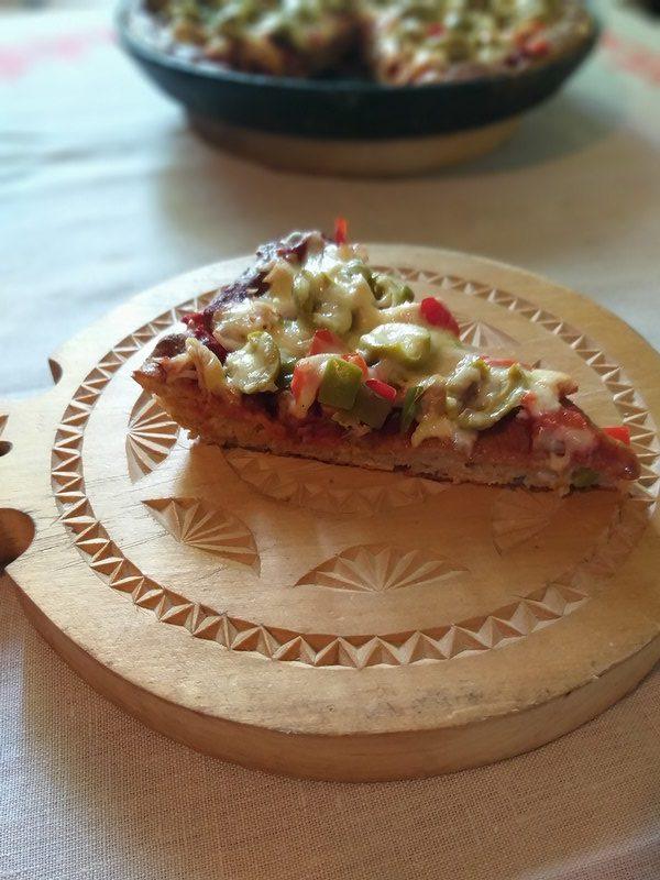 Творожная пицца