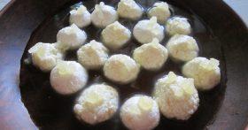Разгулла – оригинальный индийский десерт, а дети прозвали всё это конфетами