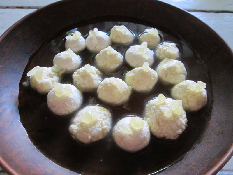 Разгулла – оригинальный индийский десерт, а дети прозвали все это конфетами